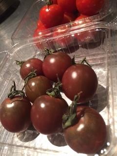 黒トマト.JPG